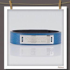 Louis Vuitton Press It bracelet